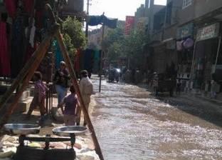 انفجار خط المياه الرئيسي بشارع الهلالي بأسيوط