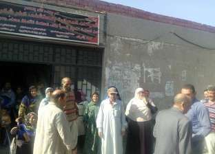 إضراب عمال مستشفى كفر شكر بعد سرقة أجهزة طبية من عهدتهم