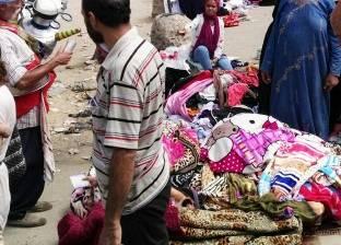 سوق الأحد يطارد أبناء «أم بيومى» تم نقله بسبب الإزعاج فعاد بثوب جديد