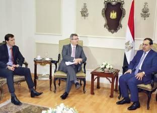 """طارق الملا يتفقد """"تخزين وتداول"""" المنتجات البترولية بمدينة بدر"""