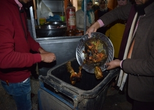 ضبط 10 كيلو جرام لحوم فاسدة بحملة على المطاعم والمحلات في مطروح