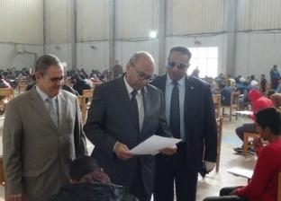 """رئيس جامعة المنيا يتفقد الامتحانات بـ""""التربية العام والرياضية"""""""