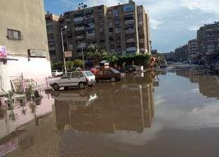 """بالصور  شوارع بورسعيد تغرق في """"شبر مية"""" بسبب الأمطار الغزيرة"""