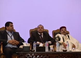 سياسي ليبي: حكومة السراج محاصرة في 20 كيلومترا