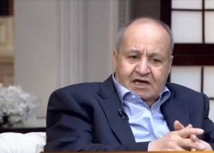 """وحيد حامد: أداء مجلس النواب ضعيف.. والحكومة """"من إزاز وماشية جنب الحيط"""""""