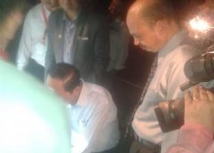 """رئيس فيتنام يهدي شعار """"زهرة اللوتس"""" لشركة مصر للصوت والضوء"""