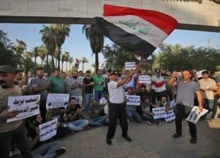مئات المحتجين الغاضبين يغلقون طريقا رئيسيا جنوبي العراق