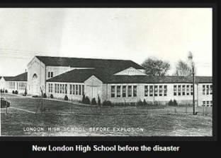 """""""أشباح عشرات التلاميذ"""" تلاحق المارة بعد تسرب الغاز وانفجار المدرسة"""