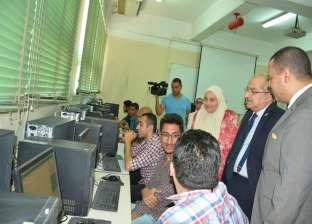 """103 طلاب بـ""""طب الأسنان"""" يؤدون الاختبار الموحد في جامعة أسيوط"""