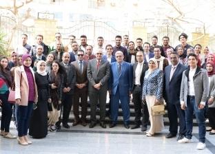 رئيس جامعة المنصورة يكرم الطلاب الفائزين بهرجان إبداع 7