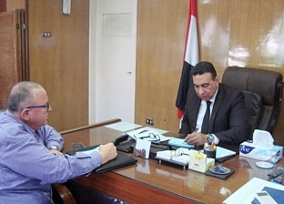 السكرتير العام المساعد لكفر الشيخ يبحث تطورات جميع المشروعات