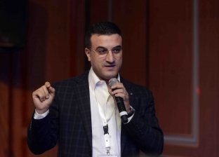 """خالد البرماوي يستعرض تعامل جيل """"السوشيال ميديا"""" مع وسائل الإعلام"""