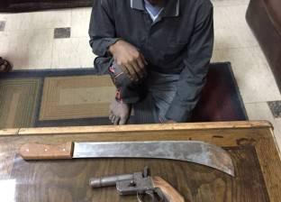 """القبض على """"سنان"""" بتهمة الاتجار في الأسلحة البيضاء"""