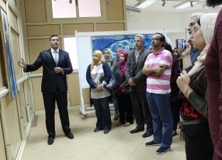 """افتتاح معرض """"علاقات مجردة"""" بكلية الفنون الجميلة في جامعة المنصورة"""