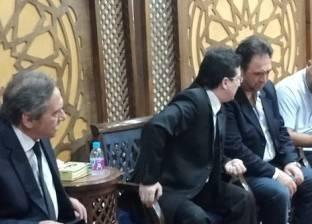 نجوم الغناء يقدمون واجب العزاء لأسرة الموسيقار خالد البكري
