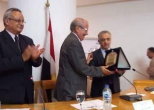 درع «الأعلى للثقافة» لرائد التراث الشعبى «أحمد مرسى»