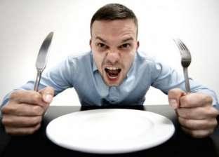 """""""الجوع"""".. يحسن صحتك ويحميك من الشيخوخة"""