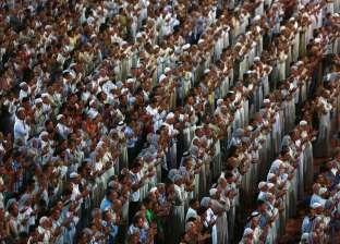 مئات الآلاف من الزوار الشيعة يحيون ذكرى وفاة الحسين في كربلاء