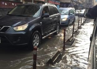 بالصور| الأمطار الغزيرة تغرق شوارع الإسكندرية
