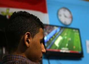 """أطباء بمستشفى أشمون يشاهدون مباراة ويتجاهلون المرضى.. و""""الصحة"""": سنحقق"""