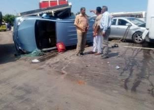 """مصرع شخصين وإصابة 6 في حادث تصادم سيارتين بطريق """"أبوريس – الطور"""""""
