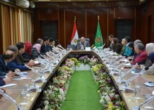 فريق عمل متابعة المشروعات القومية بمجلس الوزراء يزور الدقهلية
