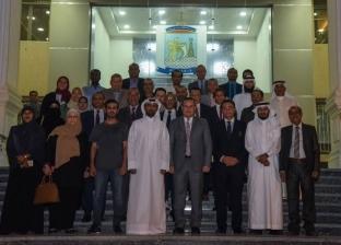 محافظ الإسكندرية يؤكد سعي الدولة للاستفادة من التجارب الأخرى