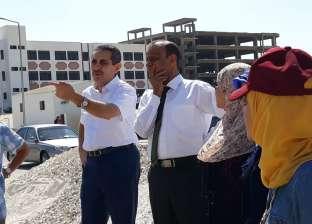 رئيس جامعة قناة السويس يوجه بتطوير شامل لمبنى الأنشطة الطلابية