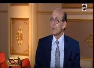 """محمد صبحي: ما زلت أشعر بـ""""التوتر الشديد"""" على المسرح"""