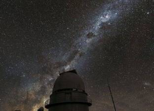 علماء فلك يابانيون يكتشفون ثقبا أسود أكبر من الشمس بـ10 آلاف مرة