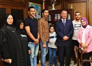 """بعد نشر قصصهم في """"الوطن"""".. تكريم 3 طلاب من أبناء كفر الشيخ لتفوقهم"""