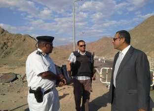 بالصور  مدير إدارة البحث الجنائي بجنوب سيناء يتفقد كمين وادي مدسوس