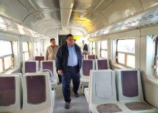 السكة الحديد: نواصل تطوير ألف عربة قطار عادية وتحسين 702 محطة