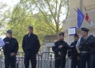 عاجل| جنود فرنسيون يطلقون النار على رجل هددهم بسكين داخل مستشفى عسكري