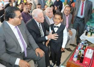 محافظ جنوب سيناء يصرف مكافأة مالية لطلبة أبوزنيمة الثانوية