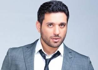 حسن الرداد: عمرو يوسف يحمل مواصفات الرجل الشرقي الوسيم