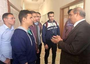 رئيس جامعة الأزهر يطمئن ميدانيا على انتظام الدراسة