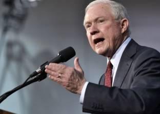 وزير أمريكي: اتخاذ قرار سريع بتعيين مدع للتحقيق بشأن كلينتون