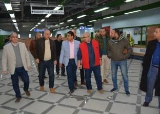 بالصور| رئيس المترو يتفقد محطات الخط الثالث الجديدة استعدادا لافتتاحها