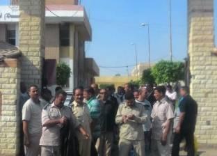 وقفة احتجاجية لأفراد شرطة في العاشر من رمضان اعتراضا على نظام التشغيل