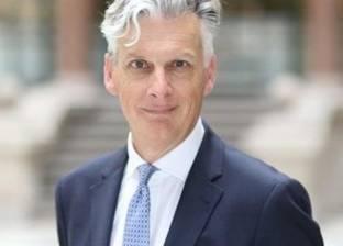 السيرة الذاتية للسفير البريطاني بالقاهرة: نائب السفير منذ 18 عاما