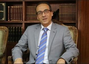 """رئيس """"هيئة الكتاب"""": أهدينا السيسي النسخة الأولى من كتاب """"وصف مصر"""""""