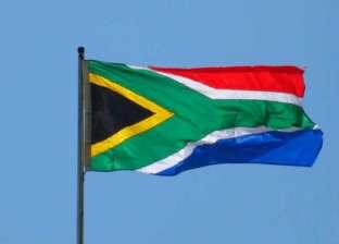 جنوب إفريقيا تعلق عضوية مسؤولة بسبب تصريحات مؤيدة لإسرائيل