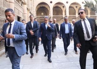 بالصور| وزير الآثار يتفقد ترميم مسجد الطنبغا المارداني