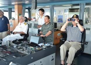 """""""مميش"""" يكشف عن زيادة كبيرة في أعداد السفن العابرة لقناة السويس"""
