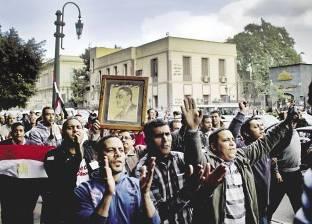 """عمال""""الكوك"""" يحاصرون رئيس مجلس الإدارة داخل مكتبه لليوم الثاني علي التوالي"""