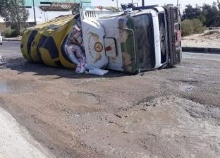 سيارات النقل تسببت في 110 حادث بطرق السويس خلال 30 يوما