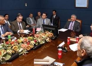رئيس هيئة ميناء دمياط يعقد اجتماعا تنسيقيا مع كبار المستثمرين