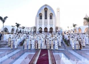 رئيس شمامسة الكنيسة المرقسية يروي معاصرته لوضع حجر أساس الكاتدرائية