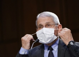 فاوتشي: لا يمكن القضاء على فيروس كورونا بشكل كامل ولكن نسيطر عليه